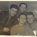 Ступино, 1959 г. Выпускники БВВАУЛ.Крайний слева - Дьячков, Иваницкий, крайний справа - Бадьёв