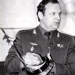 Генерал-майор авиации Михайлов. Фотография из фотоальбома Латкова Михаила, 1987 г.в.