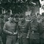 И Димка Филатов (слева) тут как тут… Первомайский, 1973 г.