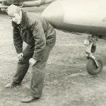 Так проводился тренаж по определению величины подъёма носового колеса на взлёте. Аэродром Таловая, 1983 г.