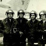 Летчик-инструктор майор Жадько с экипажем. Борисоглебск, 1979 г.