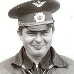 Кислов Александр Иванович. Выпускник ДОСААФ, заканчивал БВВАУЛ заочно.