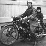 Ханко, осень 1940.  На земле он тоже любил скорость
