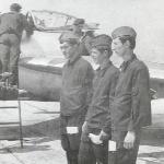 Инструктор дает указания. Аэродром Бутурлиновка, 1975 год
