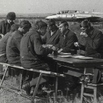 20 лет спустя... Стартовый завтрак на аэродроме Таловая (1973 г.)