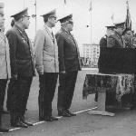 Высший командный состав ВВС на церемонии возврата  училищу Красного Знамени