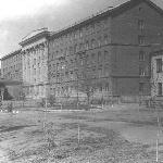 Здание УЛО, 1953 год. Посмотрим, как менялось с годами... Фото из фотоальбома Тарасова Л. С.