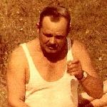 Друг Николаева Е. С., Дадаков Борис Михайлович. Здесь он – пенсионер, приехал из Запорожья в Борисоглебск для рыбалки на Хопре.
