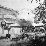 Ил-14, был установлен как монумент. Сейчас его уже нет…