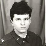 Механик высотного оборудования Юорисоглебского ВВАУЛ в 1987-1999 гг. рядовой Камараули В. Г. 1989 год