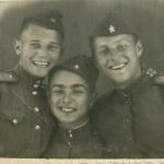 Седов, Игнатов, Краснощёков. Фотография сделана во Фрунзе, но все эти люди учились вместе в Борисоглебске
