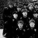 Зима. А. Наследухов - в верхнем ряду крайний слева