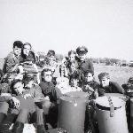 Перед отлетом в Борисоглебск с нашим любимым штурманом эскадрильи В. Озеровым.  Поворино, 1989 год