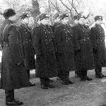 Первые офицеры вновь сформированного училища
