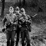 На стрельбах: фото на память