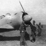 Курсанты на полётах около Як-11, аэродром Танциреи 1953 г.