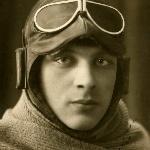 Иванов. В списках выпускников 1929 года числится 6 человек под фамилией Иванов. Кто из них на данной фотографии неизвестно