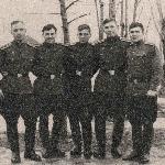 Парни из Магнитки. Слева направо: Шабунин Н., Грачев А.,Черкасов А., Тарасов Н., Саврасов В. Январь 1958 г., Бутурлиновка