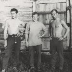 Полевой аэродром Таловая 1974 год. На утренней физической зарядке. В.Рублёв, В.Пикатов, В.Белоусов.