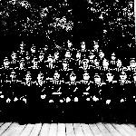 Жильцов И.В. в первом ряду пятый слева