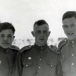 Борисоглебск, 1955 год. Филиппов М. (умер в конце 90-х), Пищулин Ю.А., Андреев А.Н., впоследствии генерал, директор ЦПФУ УВД ГВФ, (умер в 2008 году); Пищулин Ю.А.,