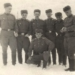 Борисоглебск, 1955 год. Слева направо: Андреев, Филиппов (умерли), Пищулин, Козлов (погиб), Сафонов, Бесхмельницын (на корточках), Бельмес