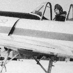 В кабине Як-52 Владимир Докучаев - сын Докучаева В.Д. Это, конечно, не МиГ-25, но удовольствие от полёта можно получить не меньшее...