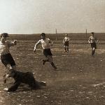 Футбол в Россоши. В Борисоглебске Серафим Николаевич играл полузащитником за сборную училища.