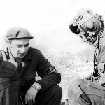 Аэродром Староюрьево. Посередине - младший сержант Корнилов, из экипажа Амельченко А.В., справа - Б. Александров