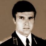 Черемохин Дмитрий Васильевич, 304 классное отделение. Умер в мае 2007 года. Похоронен в Нижнем Новгороде.
