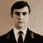 Захаров Михаил Борисович, 310 классное отделение. Умер. Похоронен в Кубинке.