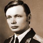 Голованов Евгений Алексеевич, 309 классное отделение. Погиб, обстоятельства не известны.
