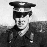 Гиниятуллин Альберт Якубович, 302 классное отделение. Погиб 25.09.1986 в Афганистане.