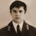 Гильфанов Назар Баширович, 305 классное отделение. Погиб на IV курсе 21.06.1976 на МиГ-17.