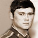 Гагин Николай Борисович, 312 классное отделение. Училище не окончил. Летал в Гражданской авиации. Умер в 2000 году.