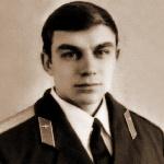 Добавлено. Дегтярь Михаил Александрович, 307 классное отделение. Умер 03.01.2010