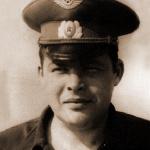 72. Заместитель командира АЭ по политической части капитан Бородавко Г.А. Персональной странички нет