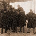 Во время службы авиатехником в 1928-29 годах во 2-й военной школе лётчиков (Петюхов В.А. второй слева внизу)