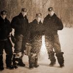Слева направо: Демидов, Андронов, Водопьянов, Рахубовский Иван. Год скорее всего 1958-й, это после полётов в городке Алферьево. Так написано у Вадима Валериановича в альбоме.