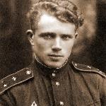 Лётчик-инструктор Борисоглебского авиационного училища лётчиков Ухоботин П.И. Фото после 1943 года